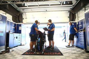 Jonas Folger, Bonovo Action by MGM Racing ike, crew