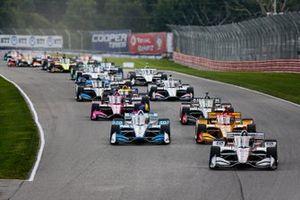 Start zu Rennen 1 beim Honda Indy 200 in Mid-Ohio: Will Power, Team Penske Chevrolet, führt