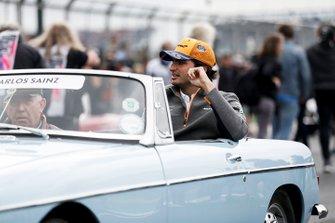 Carlos Sainz Jr., McLaren, in the drivers parade