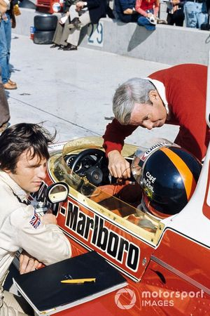 Emerson Fittipaldi, McLaren M23, mit Teddy Mayer