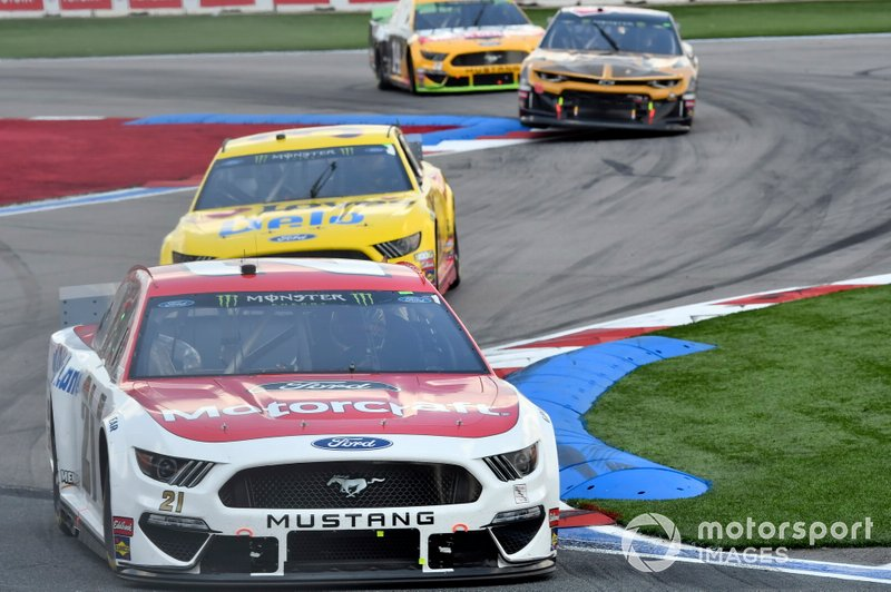 Paul Menard, Wood Brothers Racing, Ford Mustang Motorcraft / Quick Lane Tire & Auto Center, Michael McDowell, Front Row Motorsports, Ford Mustang Love's Travel Stops