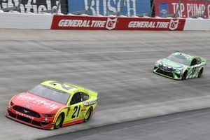 Paul Menard, Wood Brothers Racing, Ford Mustang Menards / Cardell Cabinets, Kyle Busch, Joe Gibbs Racing, Toyota Camry Interstate Batteries
