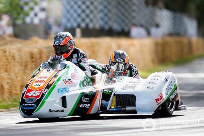 LCR-Kawasaki F2