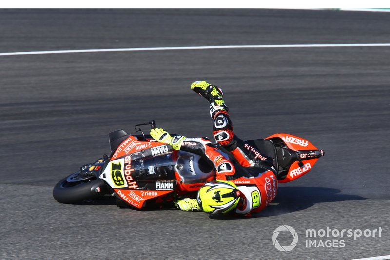Sturz: Alvaro Bautista, Aruba.it Racing-Ducati Team