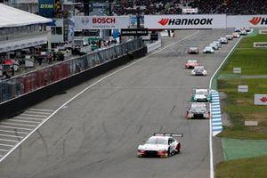 Renn-Action in Hockenheim: René Rast, Audi Sport Team Rosberg, Audi RS 5 DTM, führt