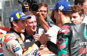 Ganador de la pole Marc Márquez, Repsol Honda Team, segundo Fabio Quartararo, Petronas Yamaha SRT