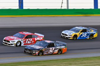 Ryan Blaney, Team Penske, Ford Mustang DEX Imaging, Corey LaJoie, Go FAS Racing, Ford Mustang CorvetteParts.net