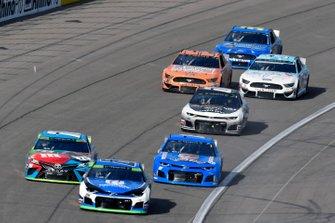 Alex Bowman, Hendrick Motorsports, Chevrolet Camaro Nationwide and Kyle Busch, Joe Gibbs Racing, Toyota Camry M&M's Hazelnut