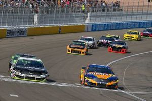 Ricky Stenhouse Jr., Roush Fenway Racing, Ford Mustang SunnyD, Aric Almirola, Stewart-Haas Racing, Ford Mustang Smithfield
