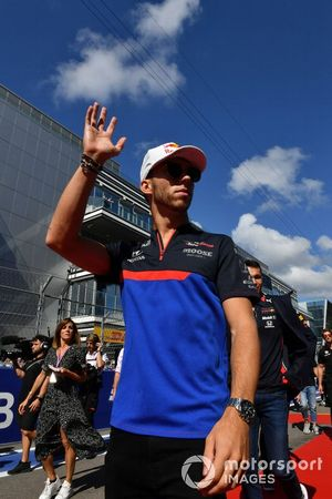 Pierre Gasly, Toro Rosso, tijdens de rijdersparde