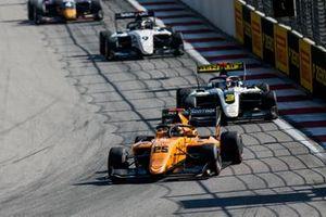 Себастьян Фернандес, Campos Racing, и Кристиан Лундгор, ART Grand Prix