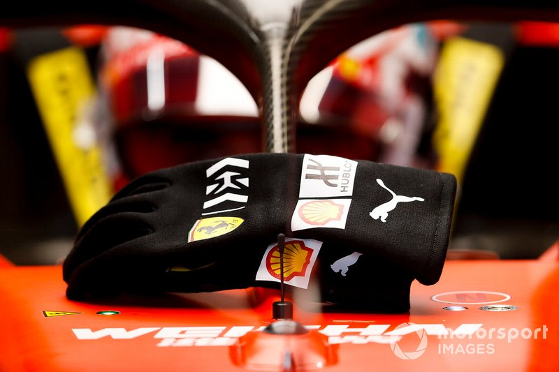 The gloves of Charles Leclerc, Ferrari