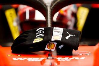 The gloves of Charles Leclerc, Ferrari