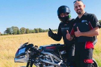 Zef Eisenberg, MADMAX Race Team, con il Prof. Miquel Gimeno Fabra