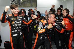 Yarış galibi #26 G-Drive Racing Aurus 01 Gibson: Roman Rusinov, Job Van Uitert