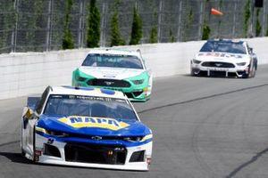 Chase Elliott, Hendrick Motorsports, Chevrolet Camaro NAPA AUTO PARTS, Ryan Blaney, Team Penske, Ford Mustang MoneyLion