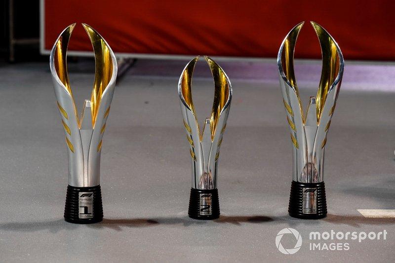 Trofeo de Ganador, Trofeo de Segundo Lugar y Trofeo de Constructores