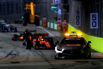 Safety Car leads Sebastian Vettel, Ferrari SF90