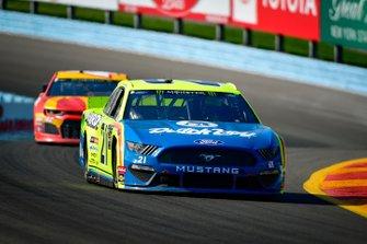 Paul Menard, Wood Brothers Racing, Ford Mustang Menards / Dutch Boy, Kyle Larson, Chip Ganassi Racing, Chevrolet Camaro McDonald's