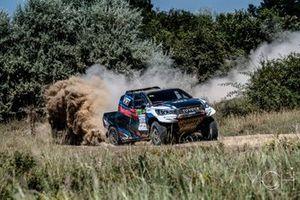 Vladimir Vasilyev, Konstantin Zhiltsov, Toyota Hilux Overdrive