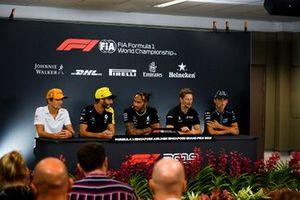 Lando Norris, McLaren, Daniel Ricciardo, Renault F1 Team, Lewis Hamilton, Mercedes AMG F1, Romain Grosjean, Haas F1 Team and Robert Kubica, Williams Racing in the Press Conference