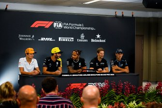 Lando Norris, McLaren, Daniel Ricciardo, Renault F1 Team, Lewis Hamilton, Mercedes AMG F1, Romain Grosjean, Haas F1 Team and Robert Kubica, Williams Racing in the Press Conference