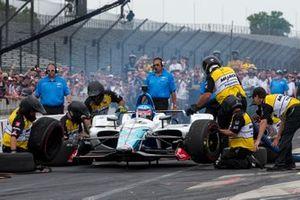 Takuma Sato, Rahal Letterman Lanigan Racing Honda, during pit stop competition