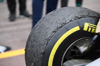 Worn tyres on the car of Lewis Hamilton, Mercedes AMG F1 W10, after the race
