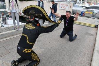 Mario Achi, Mexican GP Promoter and David Croft, Sky TV