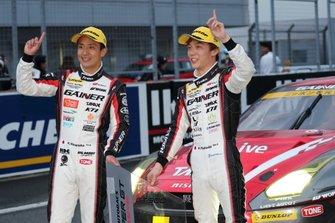GT300 race winner #11 Gainer Nissan GT-R: Katsuyuki Hiranaka, Hironobu Yasuda