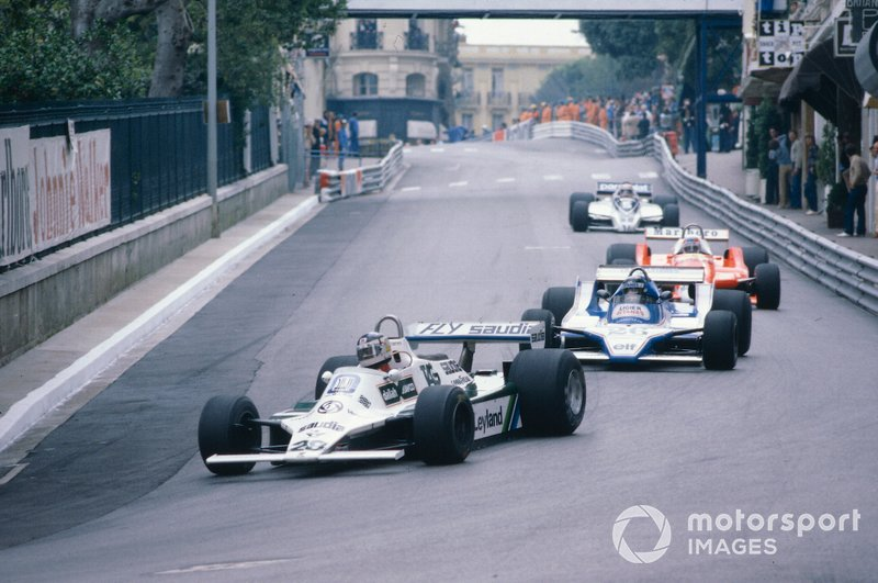 В Монако и Бельгии пилоты команд FOCA отказались посещать обязательный брифинг, который президент FISA вписал в регламент Гран При…