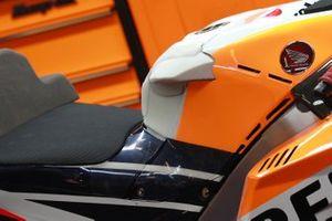 Jorge Lorenzo, Repsol Honda Team's Honda new tank wings