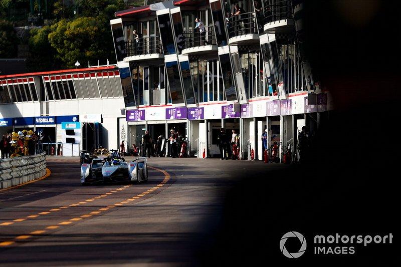 Felipe Massa, Venturi Formula E, Venturi VFE05 in the pit lane