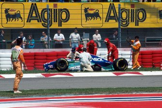 L'accident de Rubens Barrichello, Jordan