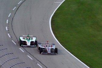 Will Power, Team Penske Chevrolet, Alexander Rossi, Andretti Autosport Honda
