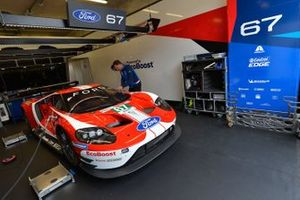 Автомобиль Ford GT (№67) команды Ford Chip Ganassi Team UK