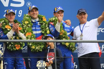 Troisième place : #11 SMP Racing BR Engineering BR1: Mikhail Aleshin, Vitaly Petrov, Stoffel Vandoorne