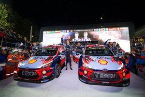Thierry Neuville, Nicolas Gilsoul, Hyundai Motorsport Hyundai i20 Coupe WRC, Sébastien Loeb, Daniel Elena, Hyundai Motorsport Hyundai i20 Coupe WRC