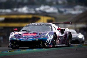 #83 Kessel Racing, Ferrari 488 GTE: Rahel Frey, Manueka Gostner, Michelle Gatting