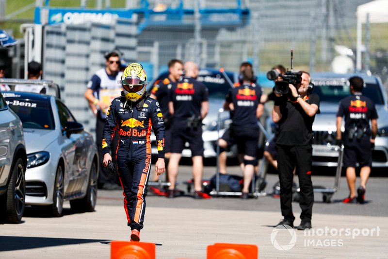 Max Verstappen, Red Bull Racing después del accidente
