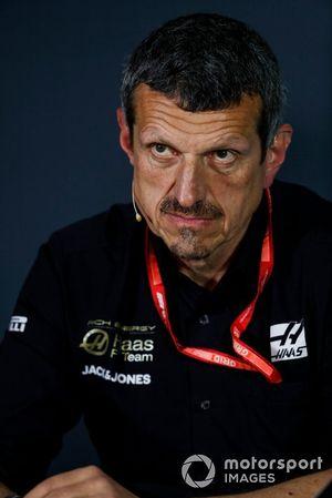 Guenther Steiner, director del equipo, Haas F1, en la conferencia de prensa de los directores de equipo
