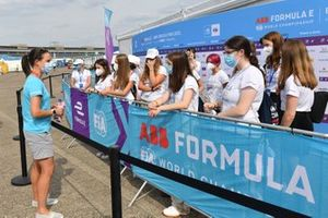 FIA Girls On Track visiting the Berlin FE