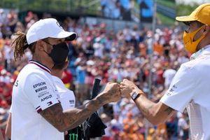 Lewis Hamilton, Mercedes, y Daniel Ricciardo, McLaren