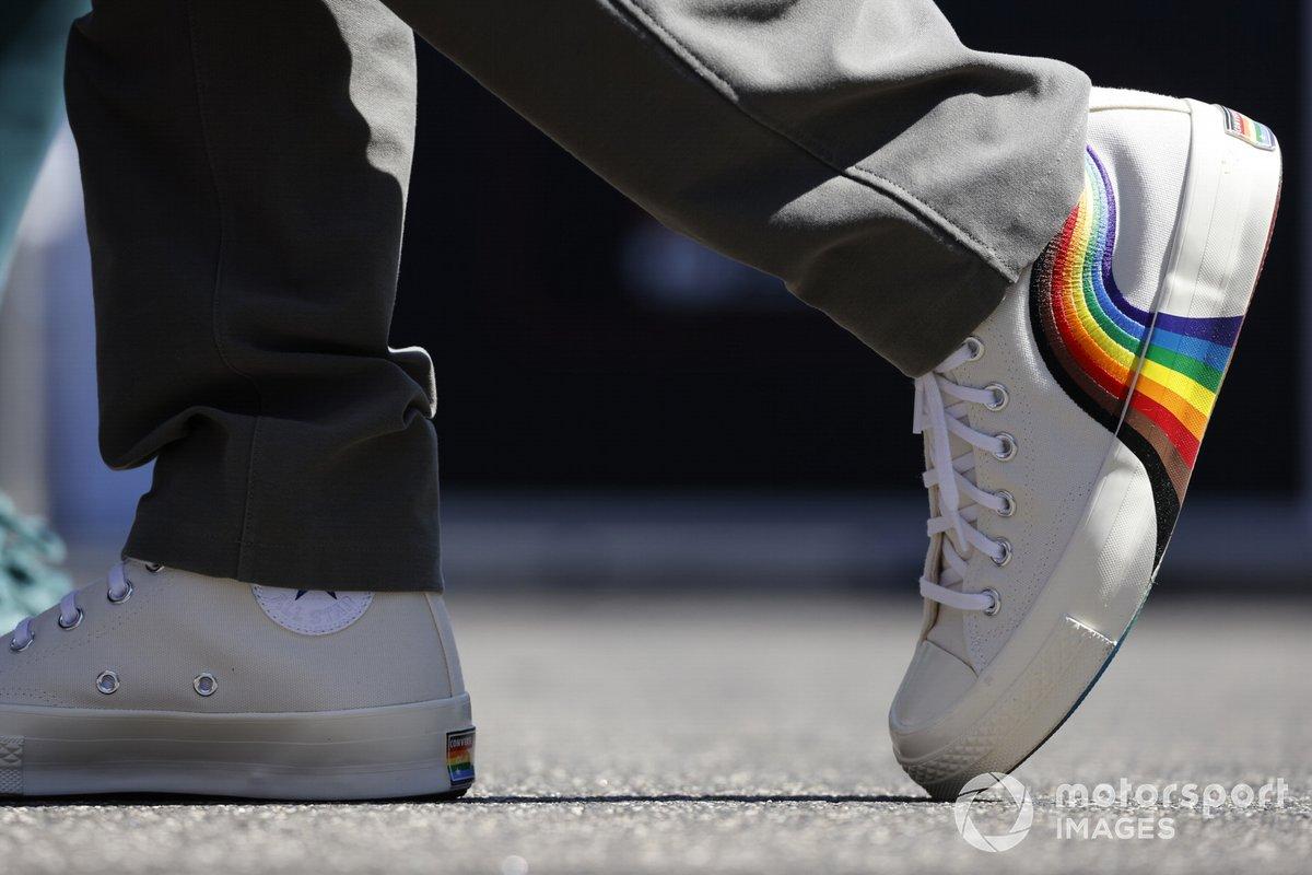 Tenis Converse de Sebastian Vettel, Aston Martin