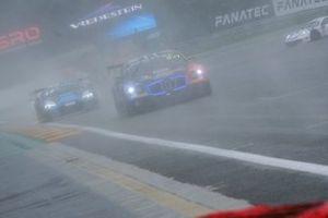 #107 CMR Bentley Continental GT3: Gilles Vannelet, Stuart White, Nelson Panciatici
