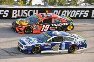 Kevin Harvick, Stewart-Haas Racing, Ford Mustang Busch Light Fan Design, Martin Truex Jr., Joe Gibbs Racing, Toyota Camry Bass Pro Shops