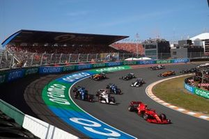 Carlos Sainz Jr., Ferrari SF21, Antonio Giovinazzi, Alfa Romeo Racing C41, Fernando Alonso, Alpine A521, Esteban Ocon, Alpine A521, and George Russell, Williams FW43B