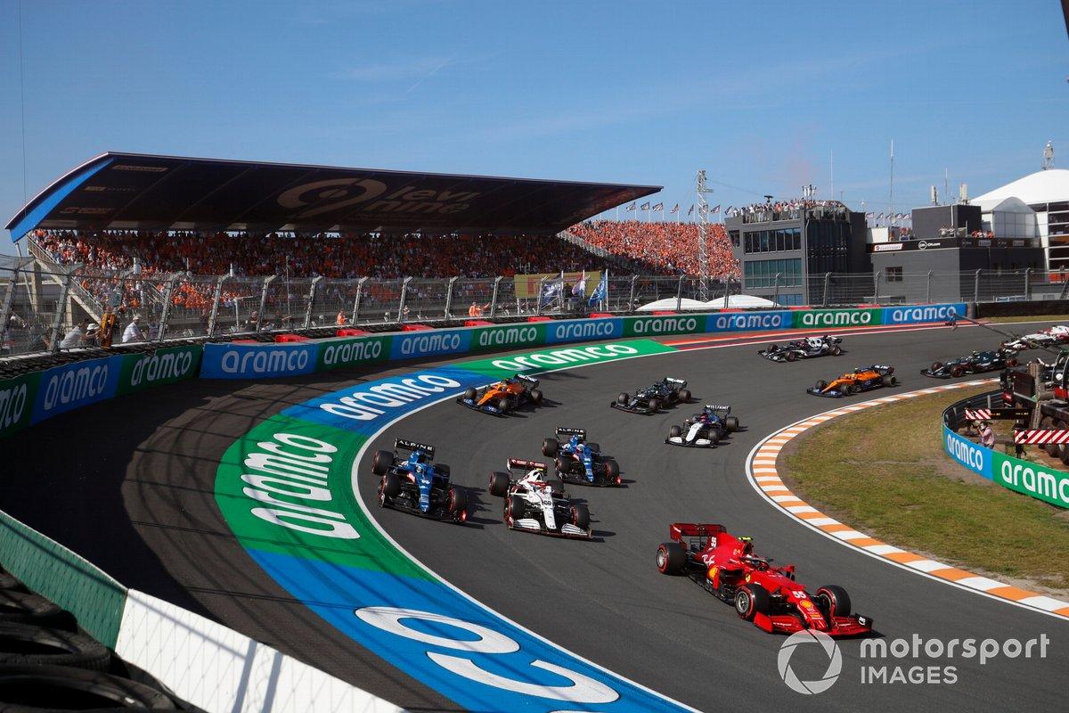 Carlos Sainz Jr., Ferrari SF21, Antonio Giovinazzi, Alfa Romeo Racing C41, Fernando Alonso, Alpine A521, Esteban Ocon, Alpine A521, George Russell, Williams FW43B