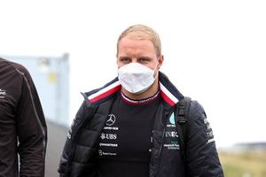 Valtteri Bottas, Mercedes walks the track