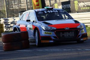 Eugenio Amos, Roberto Mometti, Hyundai i20